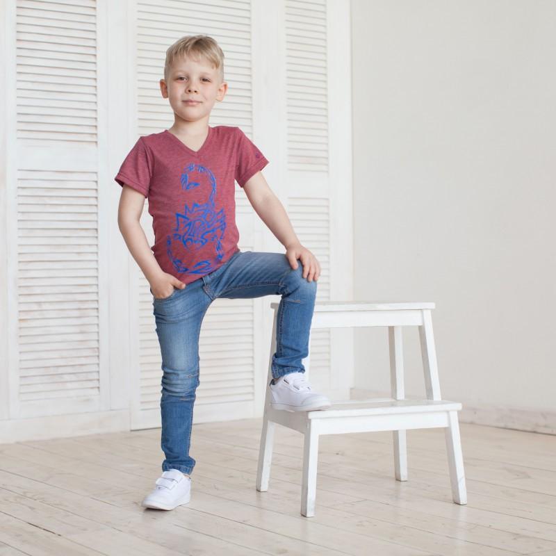 Стильна футболка - фішка образу